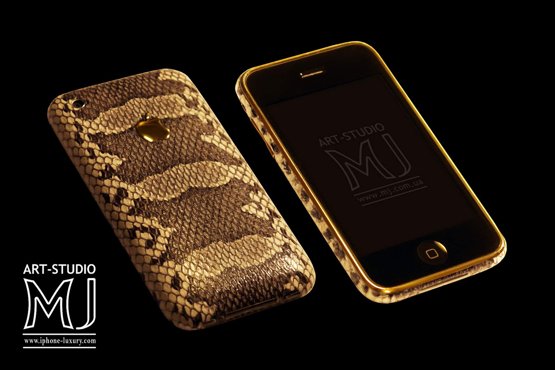 http://www.mj.com.ua/pic/black/290212/Mobile/Apple%20iPhone/Apple%20iPhone%203G%20MJ%20Leather%20Gold%20Python%2016gb%20777.jpg