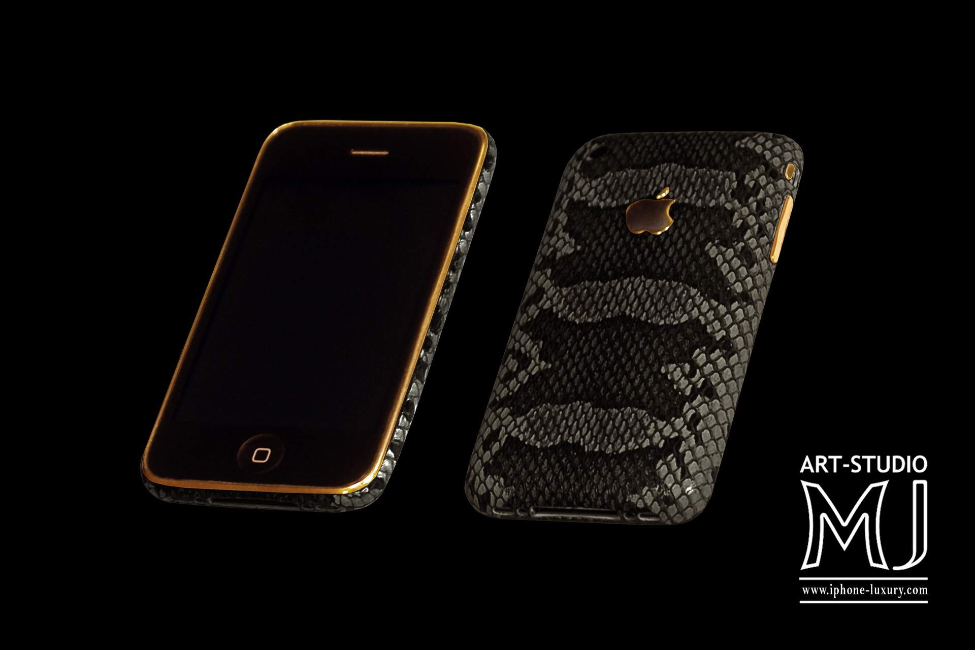 http://www.mj.com.ua/pic/black/290212/Mobile/Apple%20iPhone/Apple%20iPhone%203G%20MJ%20Leather%20Gold%20Python%2016gb%20Black%20Gold%20750.jpg