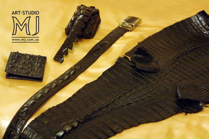 Портфель из крокодила. кошельки из кожи ската крокодила.