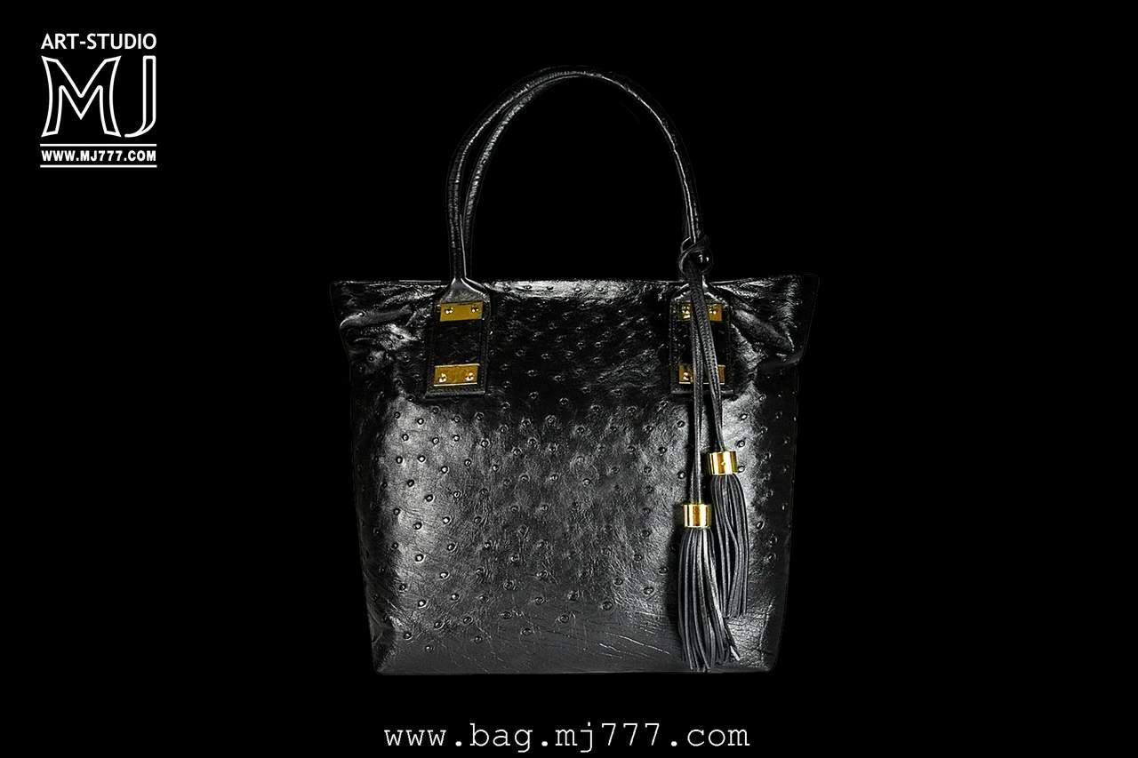 Женские сумки из кожи крокодила и страусаs